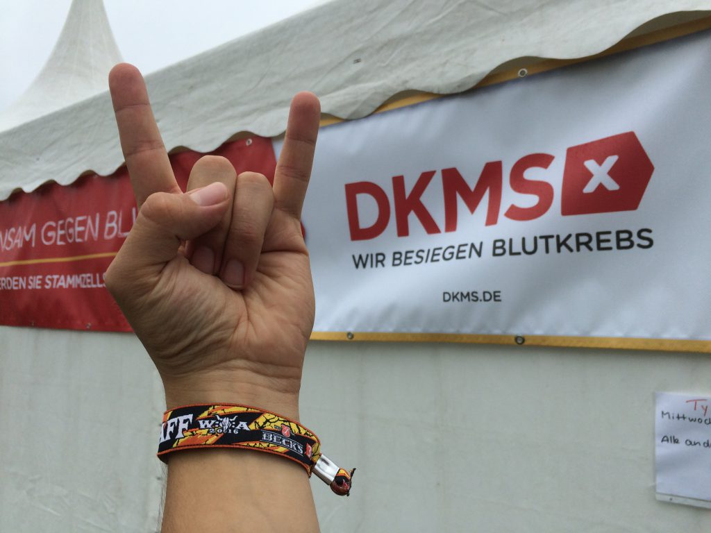 Solidaritaet-in-Wacken-fuer-die-DKMS