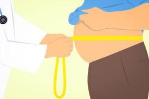 Illustration Arzt misst Bauchumfdang eines Patienten mit Adipositas