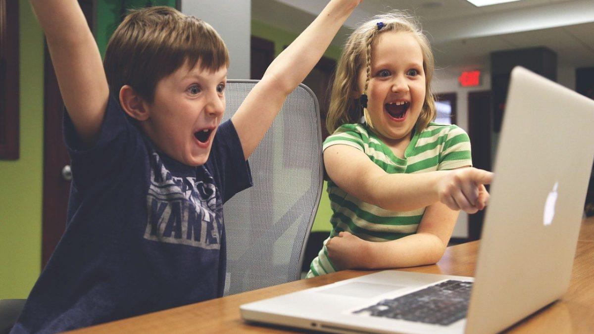 Schwachsichtigkeit (Amblyopie) bei Kindern spielend behandeln_HealthcareHeidi Blogbeitrag